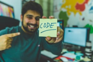 ローコード開発とは ノーコードとの違いやメリット・デメリットを解説