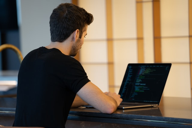 アプリ開発言語の選び方