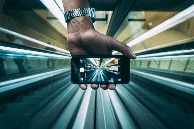 iOSアプリを収益化する方法